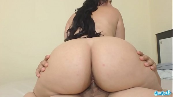 Thick White Girl Riding Dick