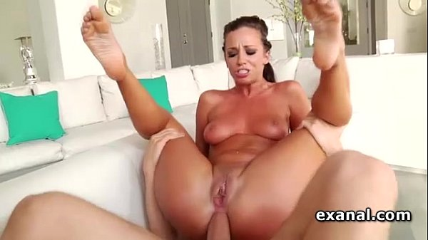 Jada Stevens gets double penetrated in 3some