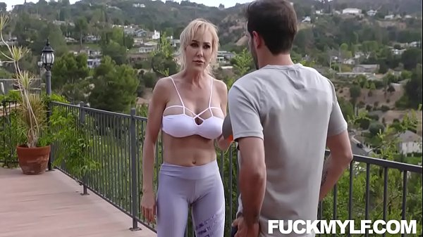 Like A Good Neighbor, Bang Brandi Love Down There