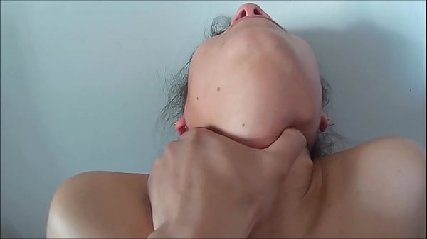 My mother fucked my girlfriend, what a delicious lady, it shows that she has not fucked much