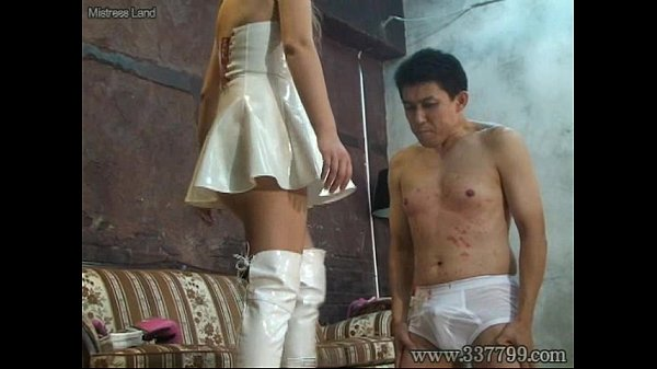 MLDO-074 Queen girl plays in tow pigs cruelly. Mistress Land