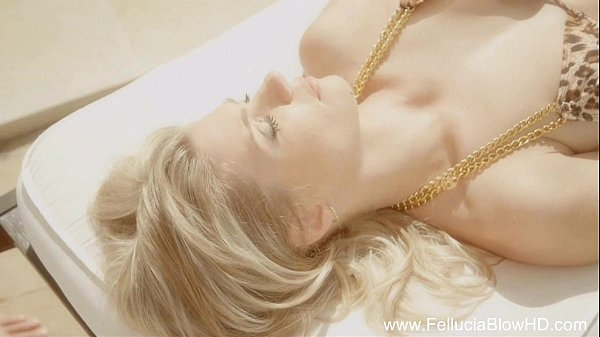 Who Wanta A Blowjob From A Fantasy Blonde MILF?
