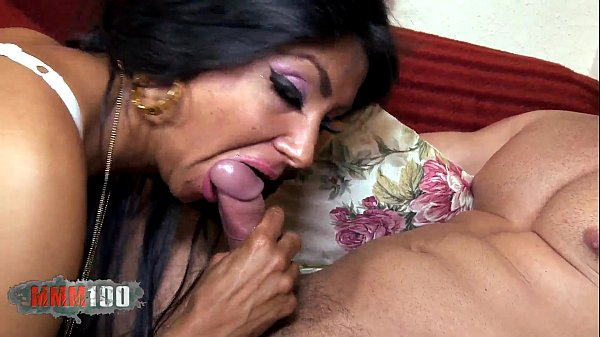 Very Hairy Arab Slut double penetration in threesome with 2 spanish guys