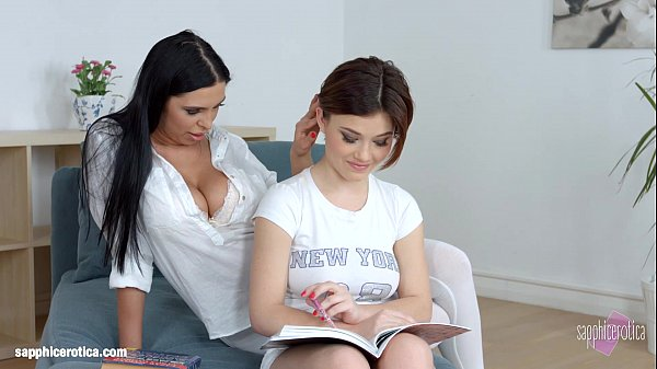 Lesson Dreams with Kyra Queen and Veronica Moore hot lesbian action on the bed