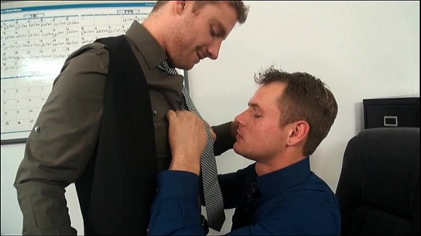 2018-12-25 18:04:37 - GayRoom: Pain In The Ass Training 9 min  http://www.neofic.com