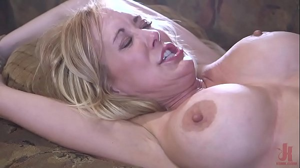 Milf in trouble : Brandi Love is tied up and fuck hard by a crazy fan