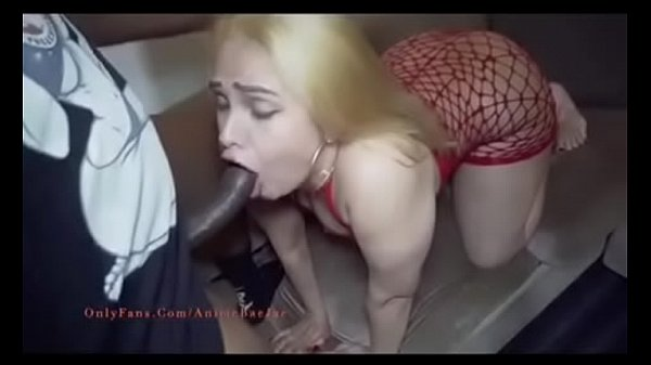 Jeyla Spice trailer fucks and sucks Guy with footfetish