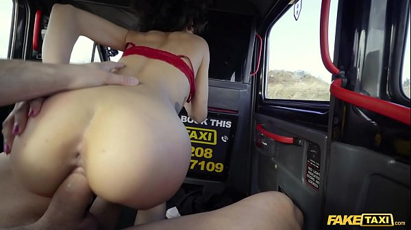 Fake Taxi in Spain with hot brunette Scarlet Re...