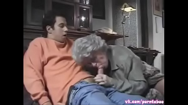 Grandson fucks grandma (TABOO FAMILY GERMAN SEX)