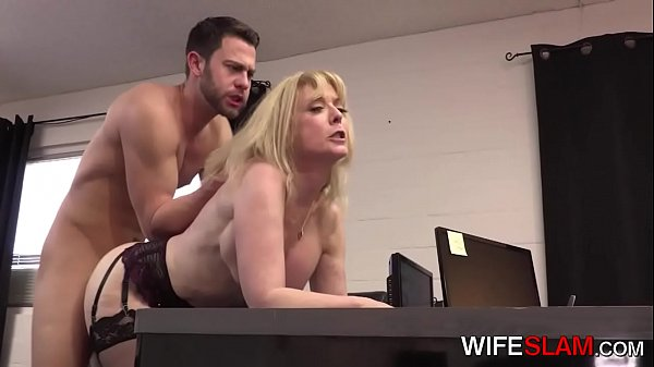 Young Office Assistant Fucked By Cheating Wife ...