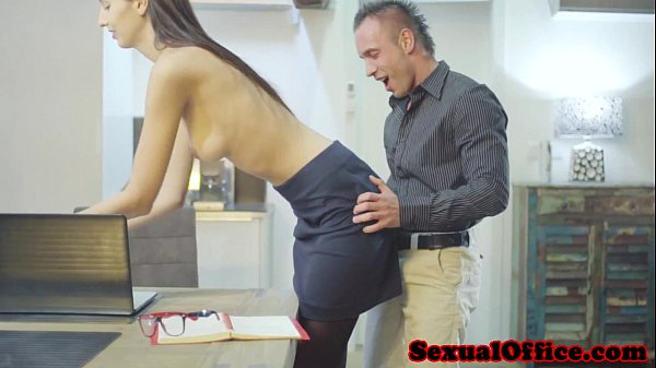 Tall office secretary getting fucked Thumb