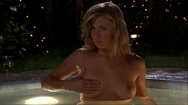 Molly Schade - Eurotrip - nude, topless, boobs titts tette Thumb