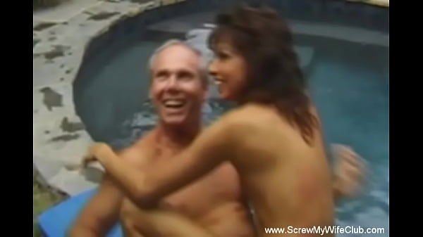 Outdoor 3some Fantasy For Classic Hot Wife Enjoys Session