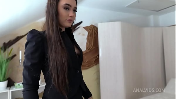 Humiliation Lady Zee 4on1 0%pussy DAP, deepthroat, anal, cum swallow NF063