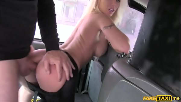 Busty blonde estate agent chick gets fucked in a cab