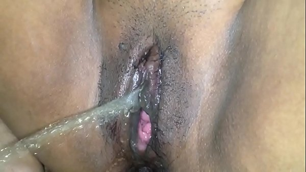 Desi Squirting: Squirting Homemade
