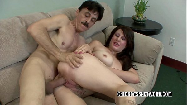 Slutty coed Brook Foxxx gets pounded with an old dick Thumb