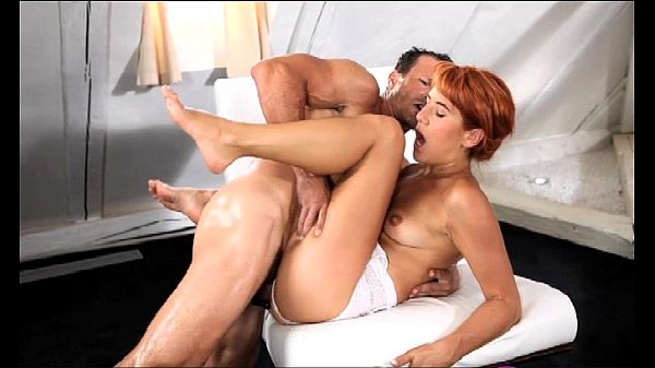 StrapOn Mature guy shows her she can take it in…