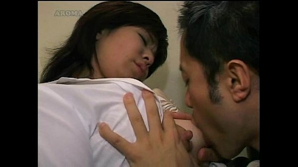 Loving Japanese Mother Breastfeeds Her Son - Hdpornvideo -1711