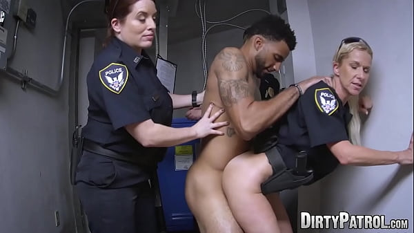 Mature babe rides BBC in law enforcement foursome