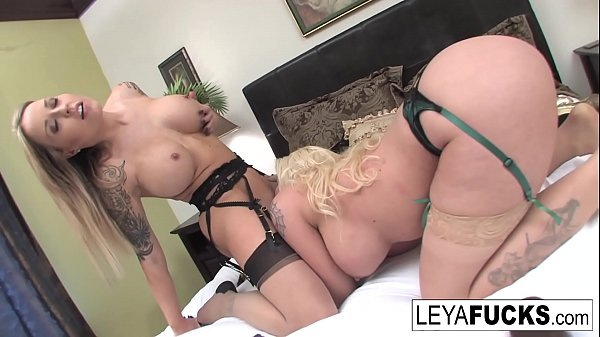 Payton West helps Leya DP her pussy with large ...