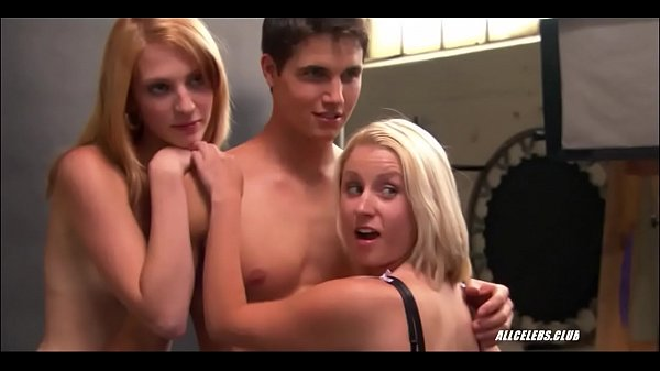 Jessica Nichols and Unidentified in American Pie Presents in Beta House (2007) Thumb