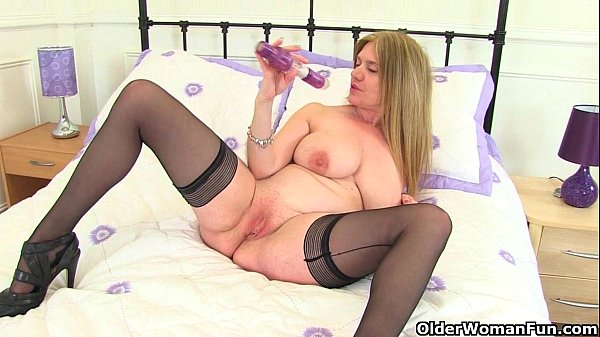 British milfs Lily and Amanda fuck themselves with a dildo