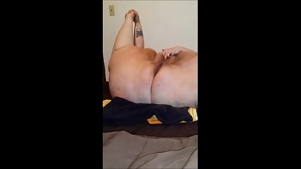 ssbbw self fuck and orgasm
