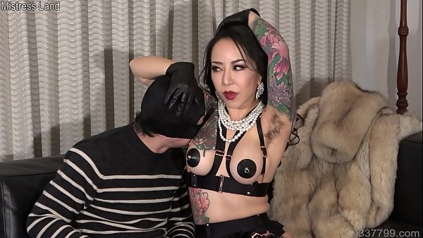 Japanese Femdom Youko Armpit Sniffing and Slave Drinking Her Saliva Thumb