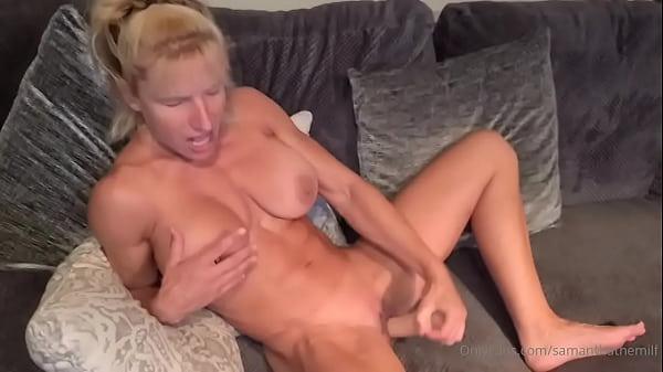 Muscular milf Fucks herself with a Dildo Thumb