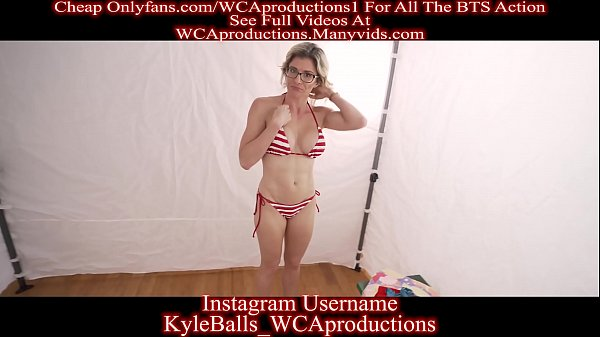 Beach Changing Room With My Stepmom Part 1 Cory Chase Thumb