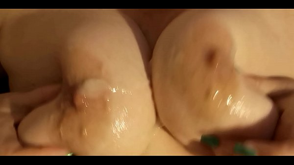 Wank and cum on tits