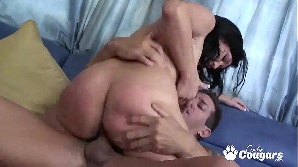 Voluptuous MILF Claire Dames Grinds Her Big Booty On A Hard Dick Thumb