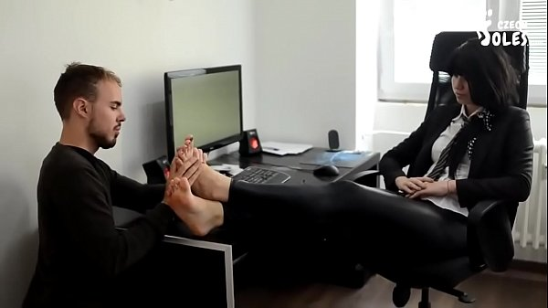 Cams4free.net - Boss' Feet Worship Barefoot