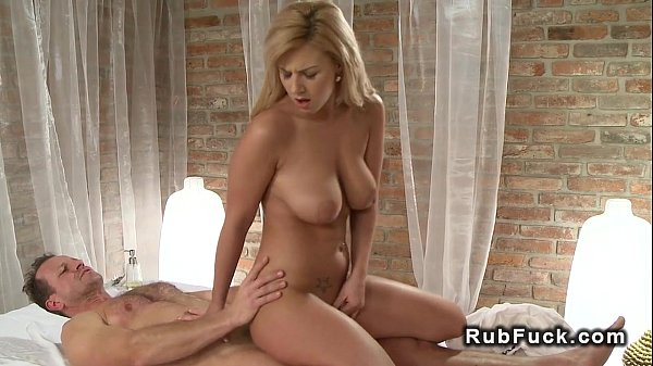 Pierced cunt blonde banged after massage Thumb