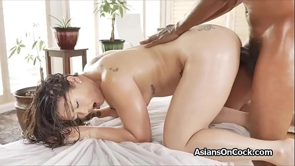 Asian masseuse bends over for clients BBC