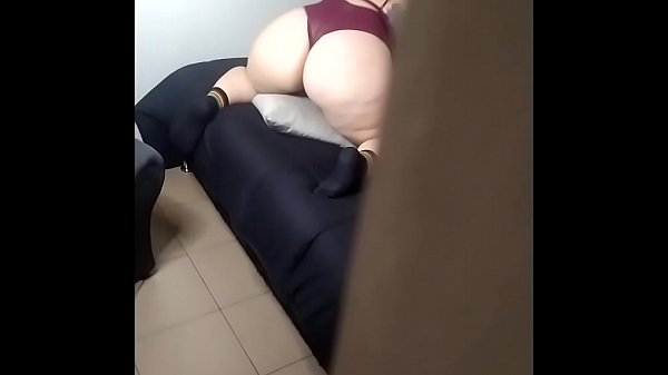 My married neighbor invites me to fuck her part 1