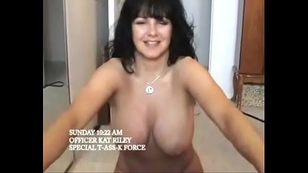 Super Hot MILF Goes Crazy For Anal Fucking