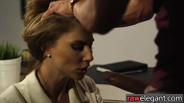 Busty euro cougar gets stuffed in both holes