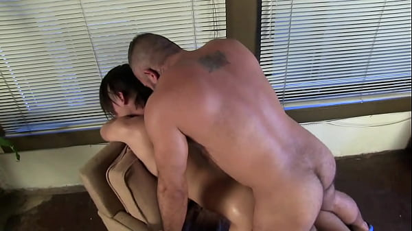 gay ass fuck in front of girls