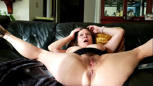 New year's  pussy pounding&showers Thumb