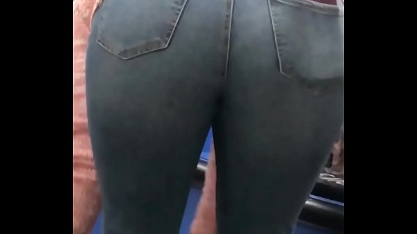 Nice Candid Jeans Ass with Pantyline