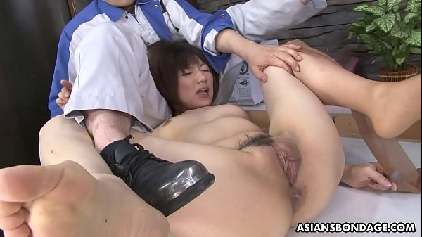 Masturbating Asian hottie gets unwanted help from the strong repairman Thumb