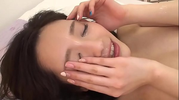 Horny japanese sister comes and seduces young boy to fuck her beautiful pussy