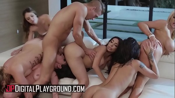 (Honey Gold, Karmen Karma, Kissa Sins, Lela Star, Nicolette Shea, Quinn Wilde, Xander Corvus) - Greedy Bitches Scene 4 - Digital Playground Thumb