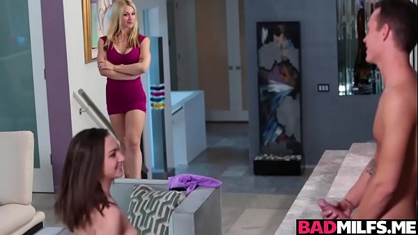 Sarah Vandella Taught Lily Jordan All That She Knows