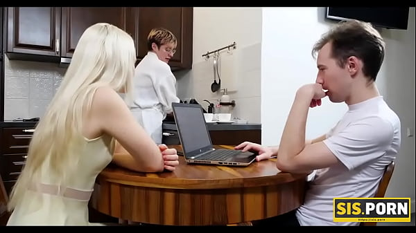 SIS.PORN. Slender blonde girl does it with stepbro for the first but not the last time