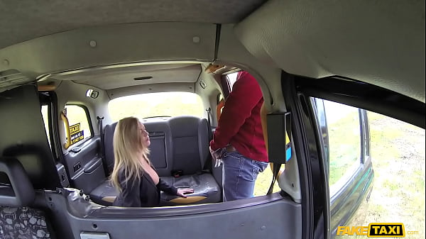 Fake Taxi Blonde MILF Holly Kiss and her Great ...