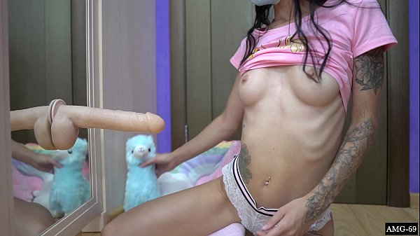 Cute Beauty Play Pussy with Huge Dildo - Closeup