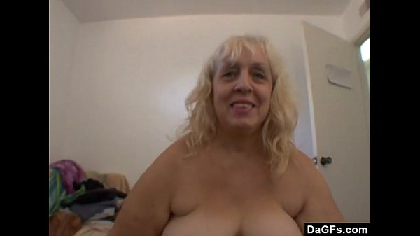 BBW ugly milf absolutely wants a dick in her mouth